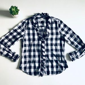 GAP Plaid Flannel Ruffle Top in Black & White